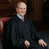 Justice Breyer delivered the opinion of the Court in Cuozzo.