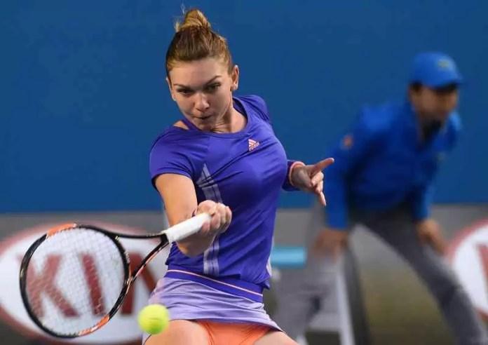 Simona Halep forehand winner Australian Open 2015