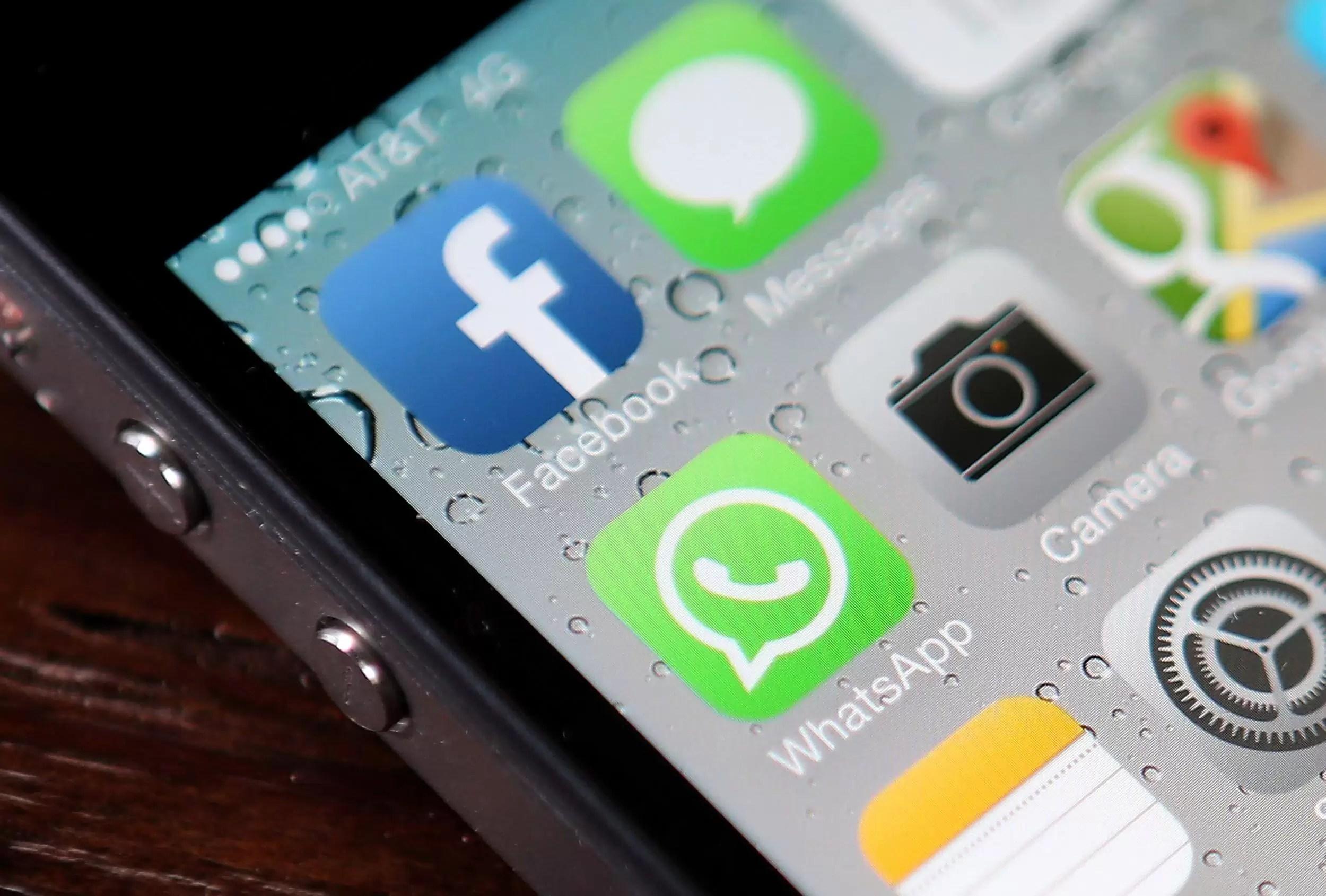 WhatsApp te va lăsa să ștergi mesajele trimise