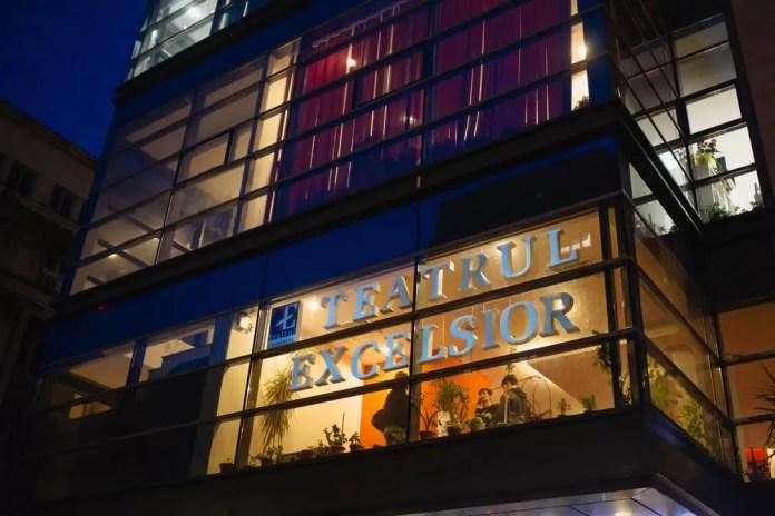 Teatrul EXCELSIOR, banner