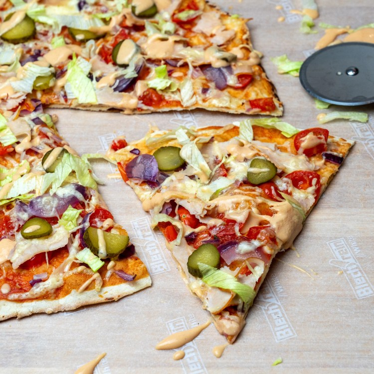 Chick' MaQ Protein Pizza | Die kalorienarme Big Mac Pizza