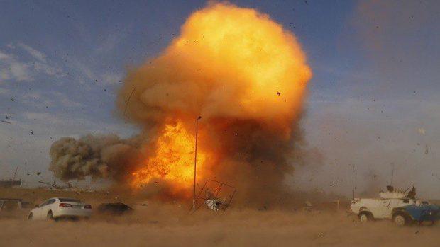 داعش يقصف الجيش العراقي في القيارة بغاز الكلور