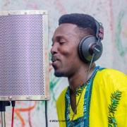 Rhythm King - Hwirewa Ye Mmobo (Prod by Rhythm King)