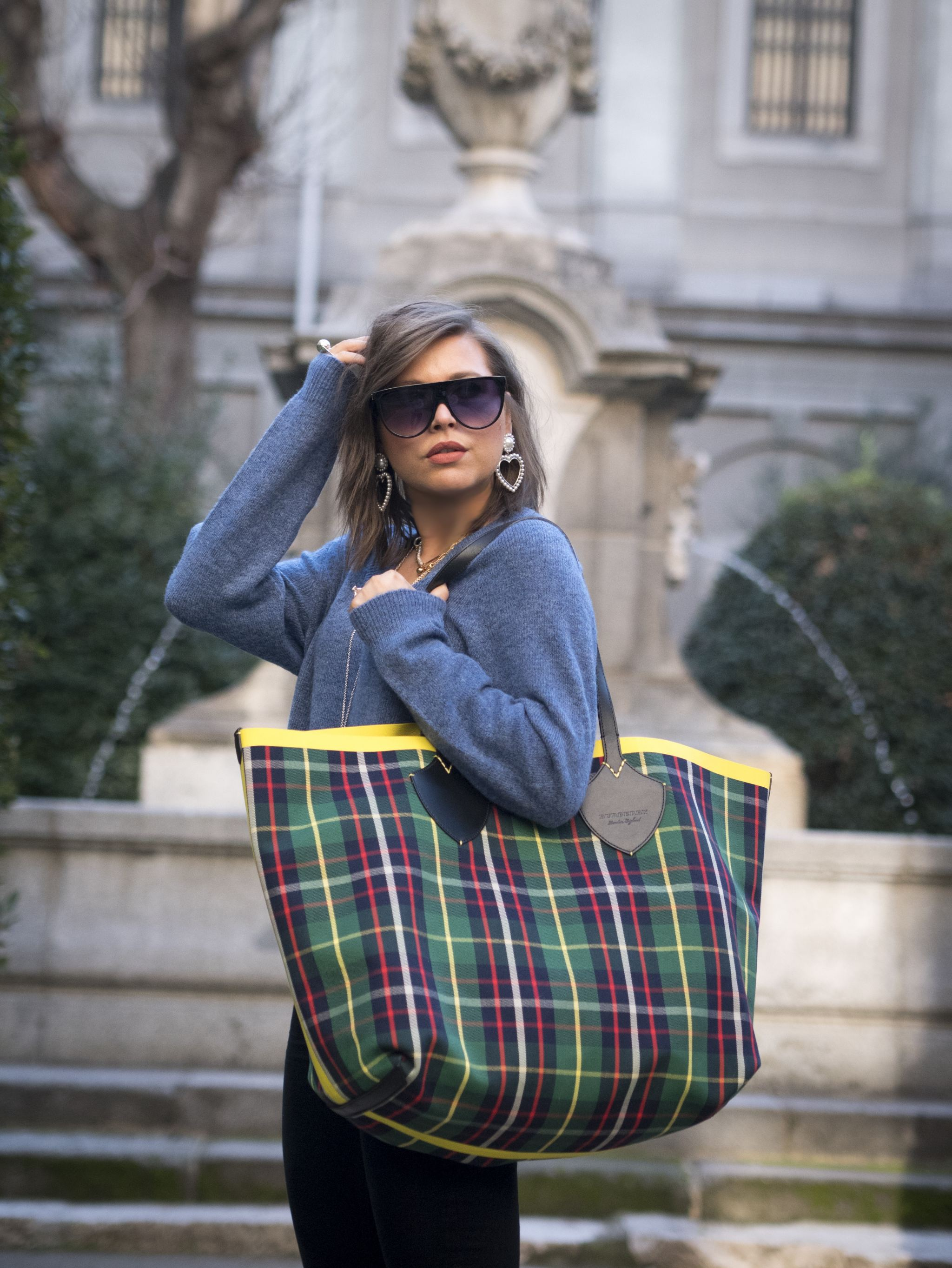 manchester fashion blogger, manchester fashion bloggers, designer bags , bags of 2019, trendy bags , Burberry Giant Tote, Balenciaga Triangle bag , Balenciaga bag , uk fashion blogger, fashion blogger