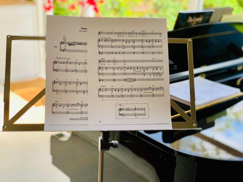 Update Corona & online zangles en pianoles