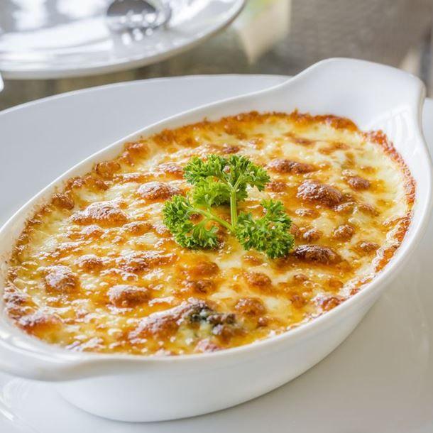 Orzo quinoa e fagioli gratinati al formaggio