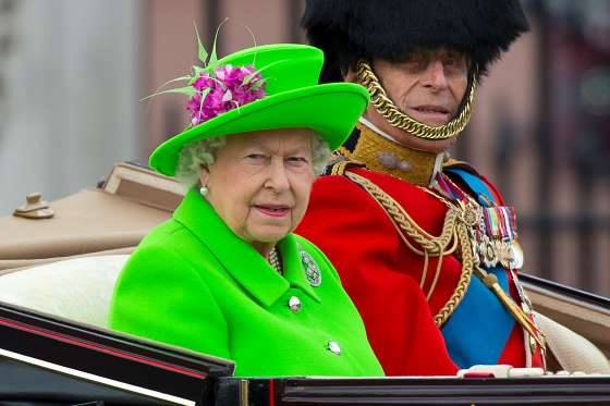 queen elizabeth birthday parade by agness pratt4