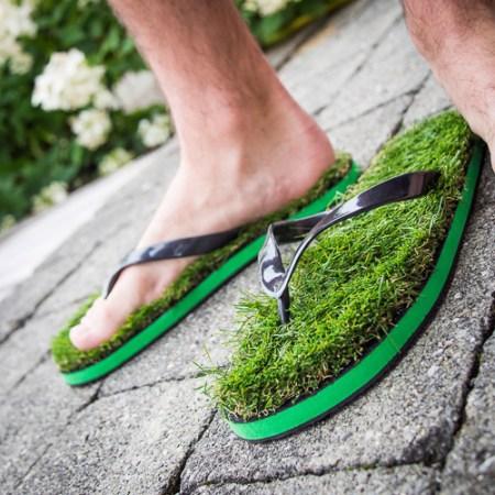 Gras Flip Flops für Naturliebhaber