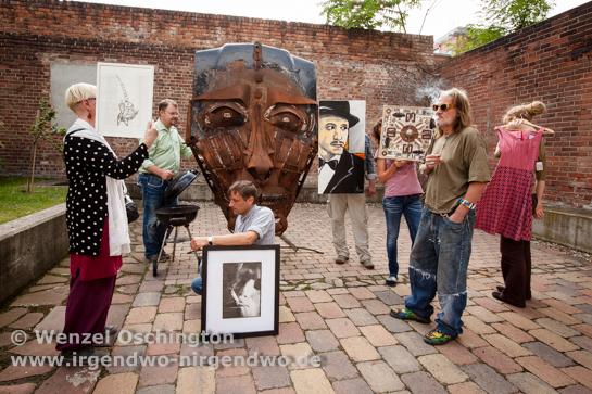 Heinz, der Kunstmarkt in Buckau - Buckauer Künstler bringen Kunst auf die Straße