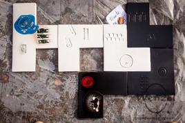Zusammen Flies(s)en: Aktion der  Keramikkünstler Eulalia Naveira und Carlos Lazarich  (Barcelona), der Mosaizistin Saskia Siebe (Magdeburg/Buckau) und des Produktdesigners Peter Herr (Bogen)