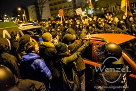 MAGIDA vs. NO MAGIDA  –  Magdeburger demonstrieren