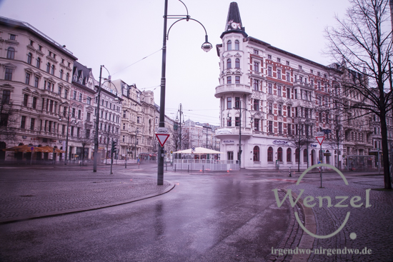 Hasserlbachplatz menschenleer - Magdeburger Innenstadt wegen Bombenentschärfung evakuiert
