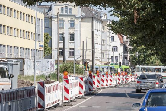 Arbeiten für neue Gleistrasse in der Wiener Straße gehen voran