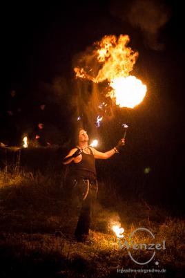 Malabarista und Syri der Gaukler - Feuershow im Ravelin 2