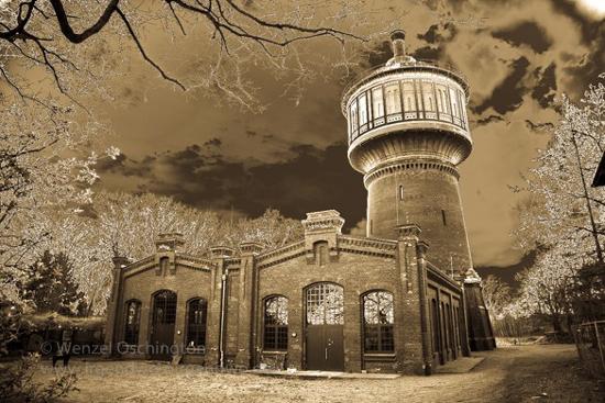 Magdeburg - Stadt mit Architektur - Wasserturm Salbke