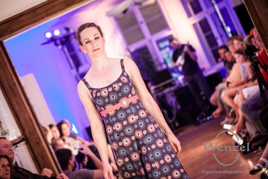 Grimms neue Kleider - Art Couture von Susanne Klaus & Max Grimm