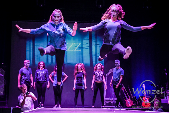 Welcome to Wonderland,  Horrorstory, Modenschau, Lizz & Meesor, Altes Theater Magdeburg –  Foto Wenzel-Oschington.de