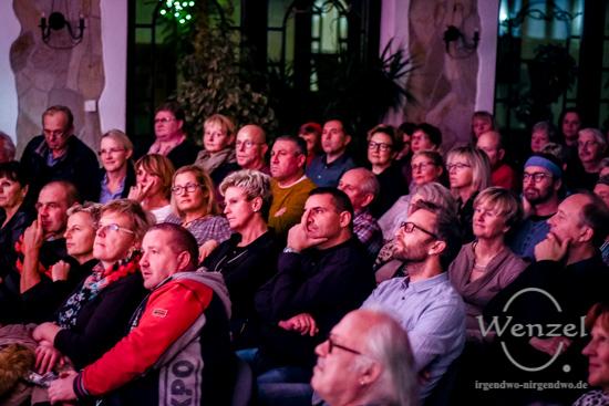 Trixi G, Oschersleben, Uwe Ducke, Beatrix Ducke, Pension Schondelmaier, Sinnenraub & Bittersüß –  Foto Wenzel-Oschington.de