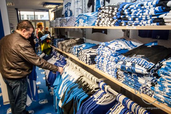 FCM, Fußball, 1. FC Magdeburg, Fanshop, Fanshop FCM total, Neueröffnung –  Foto Wenzel-Oschington.de