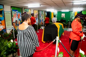 Mourners pay respect to former PM, Edward Seaga at JLP headquarters