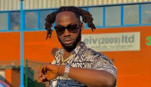 Stylo G flies out after run-in with Jamaican police