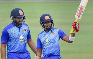 Brian Lara supports to Rohit Sharma and young Prithvi Shaw to break his test record
