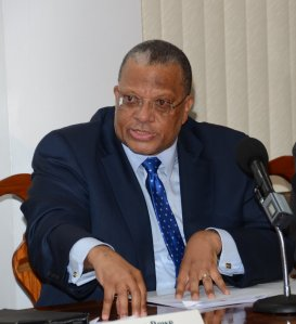 Dr. Phillips: won't allow challenge from Bunting to endanger party's viability