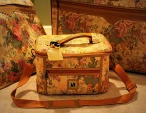 The Complete Ensemble - Never Forget Your Tapestry Make-Up Bag