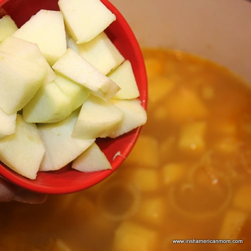 Adding chopped apple to parsnip soup