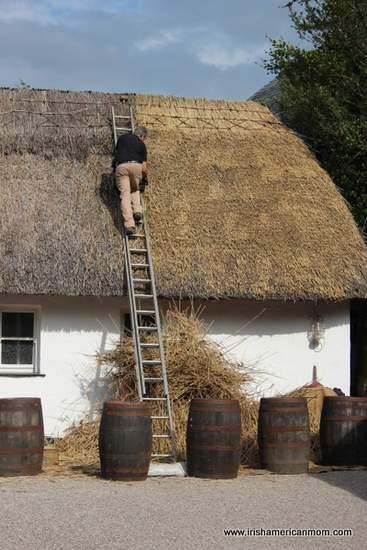 A thatcher at work - Bunratty Folk Park