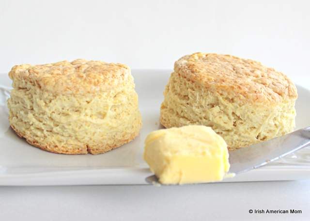 Buttermilk scones with butter