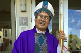 Accused bishop in Guam 'should not return to diocese'
