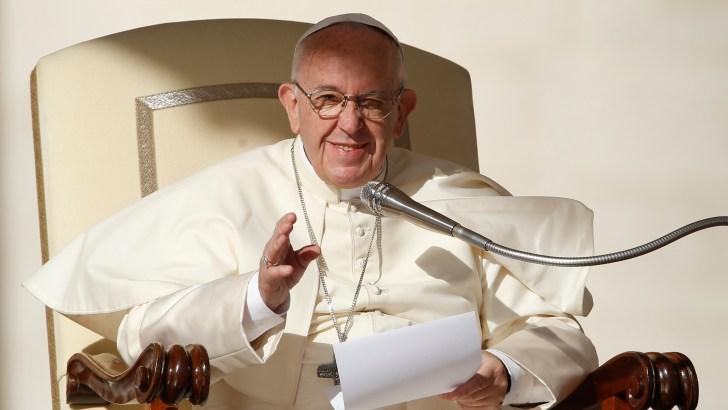 Pope Francis: To honour one's parents, follow the saints