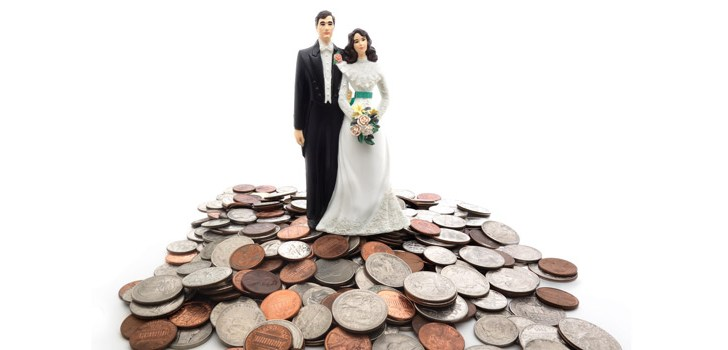 Couples 'postponing' marriage due to spiralling wedding