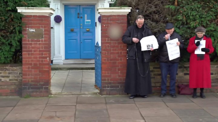 UK exclusion zone around abortion clinic supported