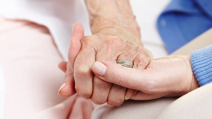 Doctors to be 'silenced' over assisted suicide survey