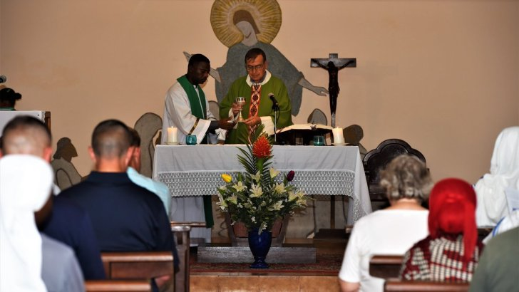 Bishop calls for aid for plight of suffering Somalis