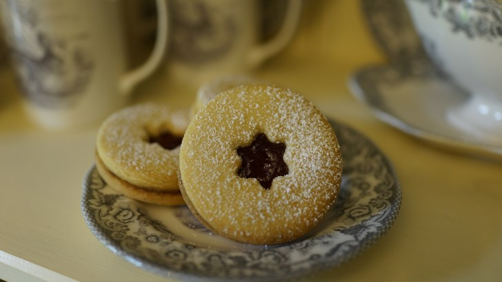 Jammy Dodgers – a homemade version of everyone's favourite biscuit!