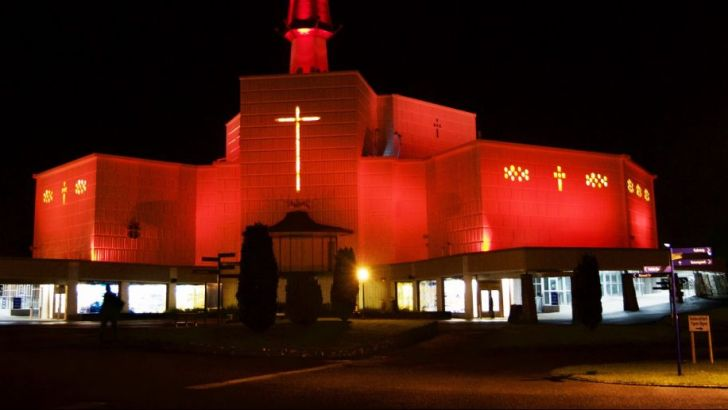 IC goes red to honour modern martyrs