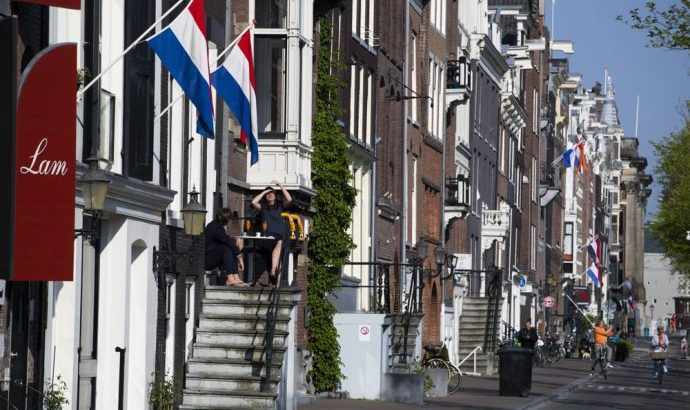 Dutch religious prepare for 'one-and-a-half-metre' church