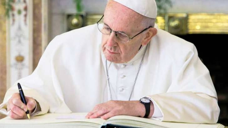 'All brothers and sisters': Pope to sign new encyclical on October 3 in Assisi