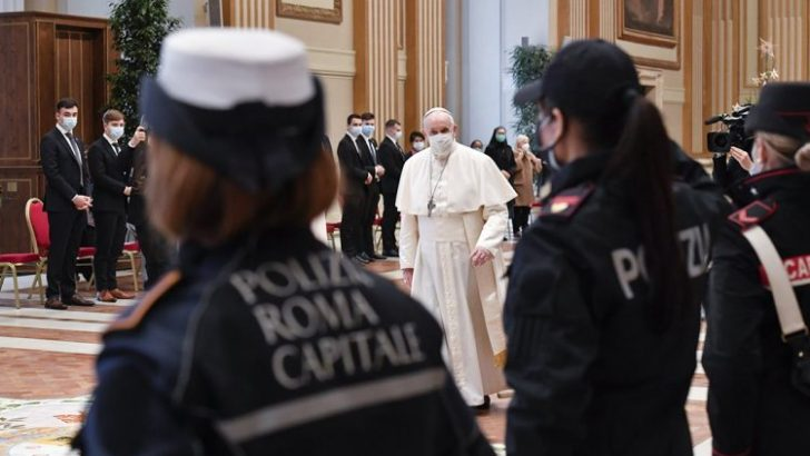 Does the Vatican have a double standard on papal privacy?
