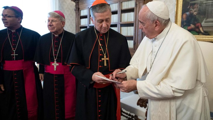 By meeting Cupich, Pope Francis masters speaking without words
