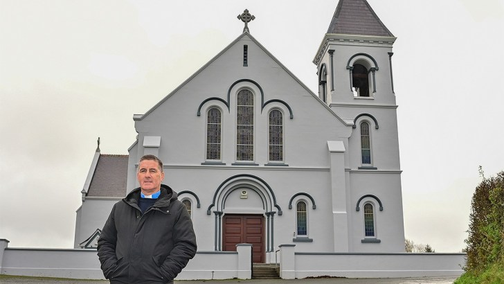 Senator dubs Govt response on priest fine 'pathetic'