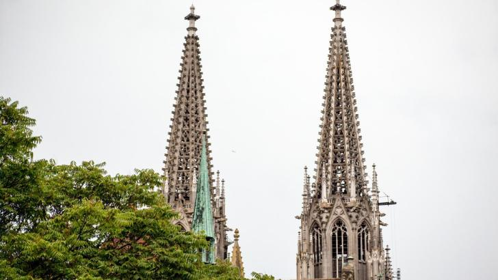 More than 220,000 people left the Catholic Church in Germany in 2020
