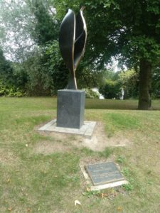 Tulip Statue in UCD