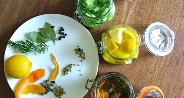 The ingredients for making your own gin and tonic