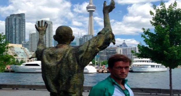 Michael Collins arrives at his final destination, Ireland Park in Toronto.