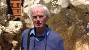 Δημοσιογράφος και συγγραφέας του οποίου το πάθος της ζωής ήταν η Ιρλανδία