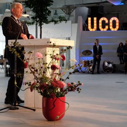 Bloemen voor opening UCo